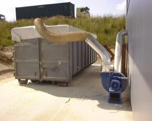 Containerbefüllung mit Filterplane